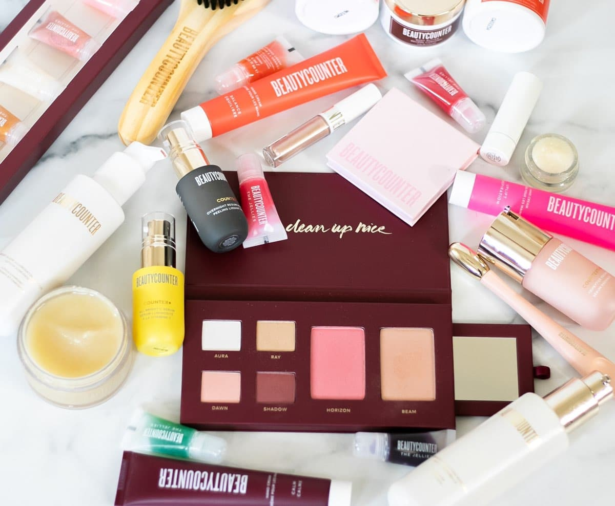 beautycounter holiday 2020, beauty counter holiday collection, review, kaylee bilger, a mother by nature, nontoxic beauty products,