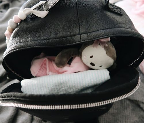 WHAT'S IN MY DIAPER BAG? (WITH LINKS) | NEWBORN